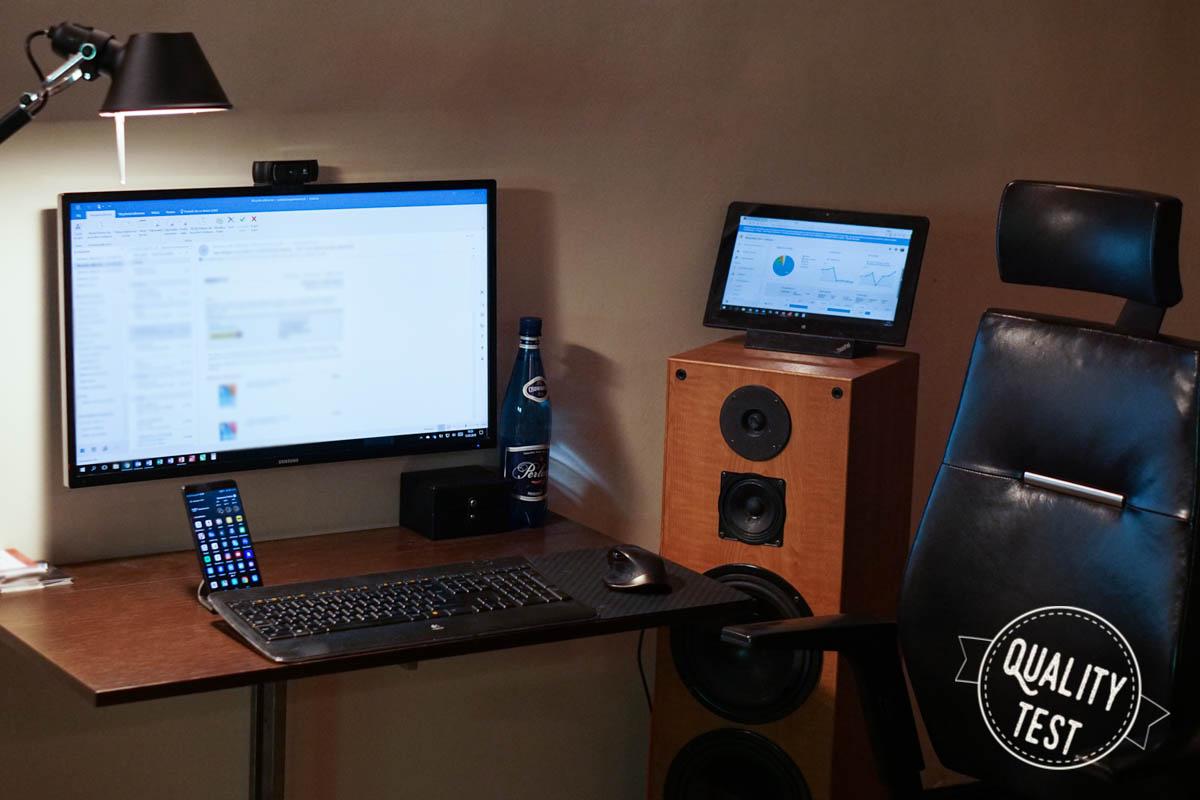 laptop2w1 biurko - Laptop 2w1 - czy warto?