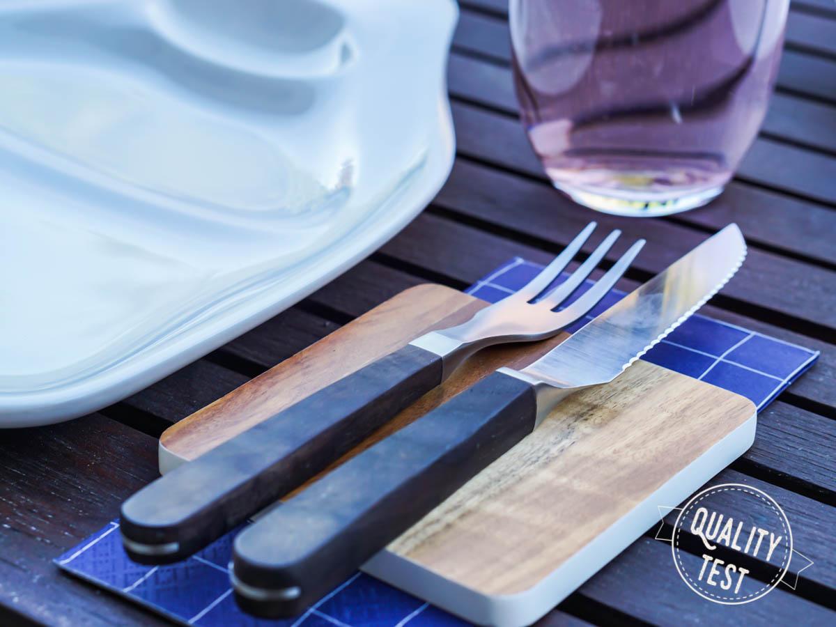 18 sztucce stekowe - Nowoczesne grillowanie - od przepisów po zastawę