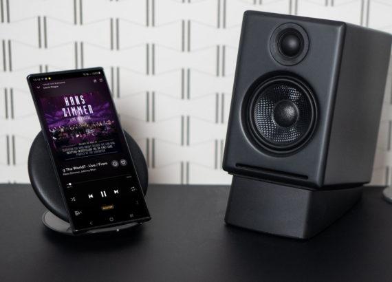 Audioengine A2 Wireless 570x410 - Aktywne głośniki Audioengine A2+ – Hi-Fi na Twoim biurku
