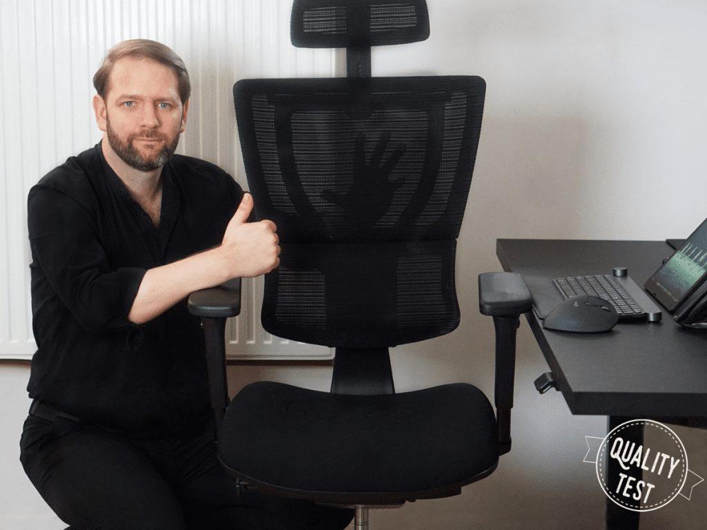 Fotel ergonomiczny Grospol Ioo oparcie mesh 1024x768 1 - Ergonomiczny fotel biurowy Grospol Ioo - Zadbaj o siebie i pracowników!