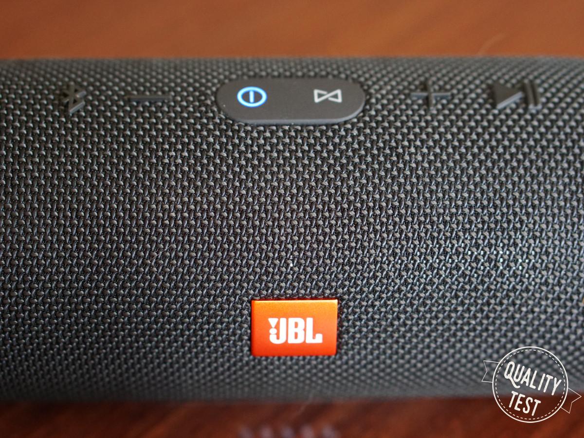 JBL buttony - JBL CHARGE 3 - mały wielki głośnik bluetooth