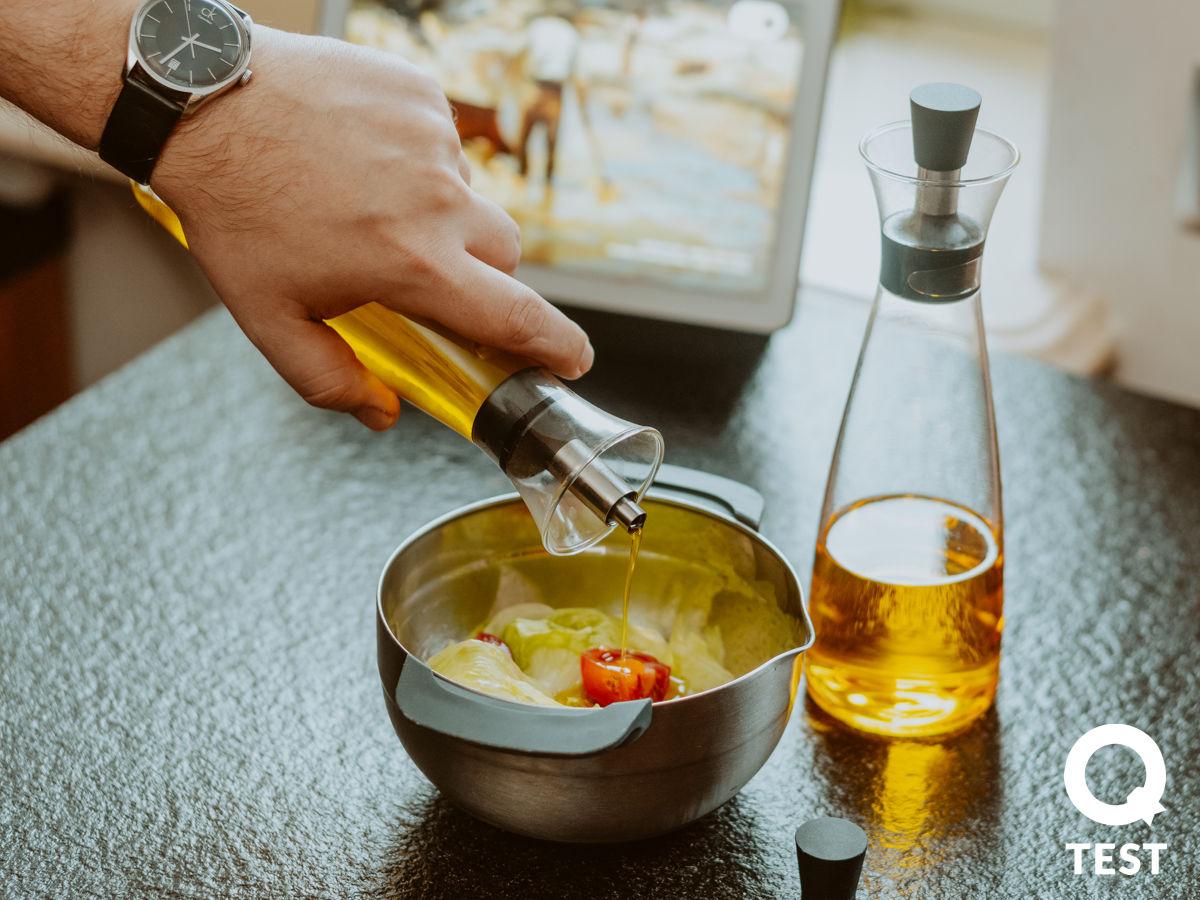 Karafka do oliwy lub octu Eva Solo Aromagic - Designerskie gadżety kuchenne - 10 sprawdzonych rozwiązań, które ułatwią Ci życie