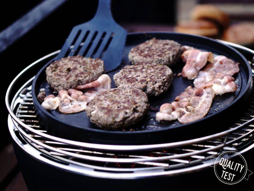 LotusGrill Płyta barbecue TEPPANYAKI burgery 1024x768 - LotusGrill – Innowacyjny grill na każdą pogodę