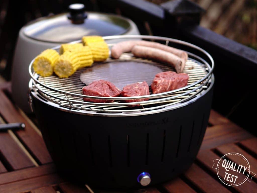 LotusGrill grillowanie 1024x768 - LotusGrill – Innowacyjny grill na każdą pogodę