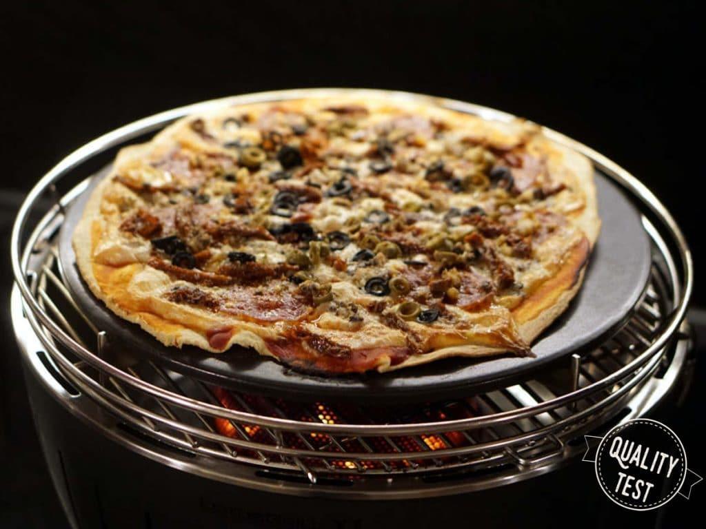 LotusGrill pizza 1024x768 - LotusGrill – Innowacyjny grill na każdą pogodę