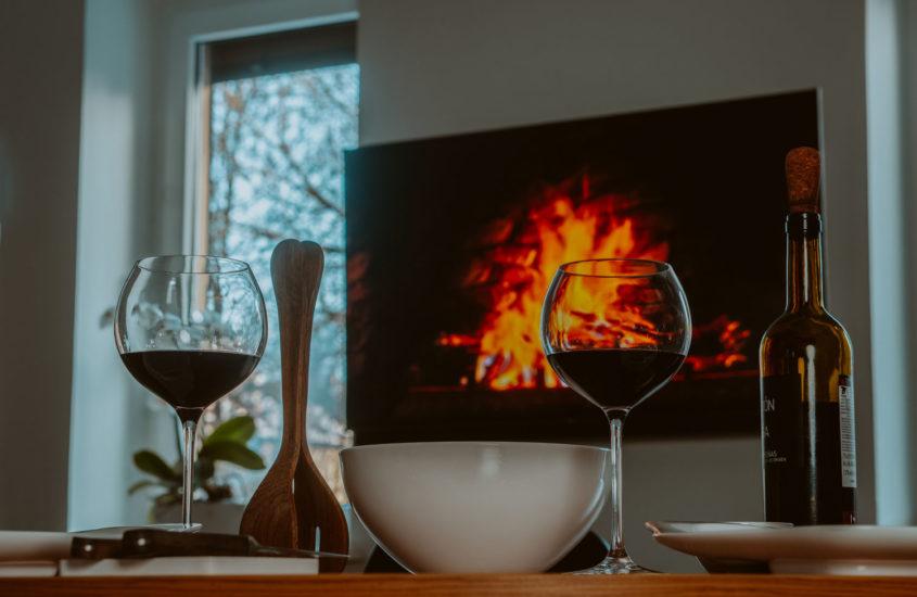 Telewizor TCL C815 – Bardzo Smart TV w naszym salonie