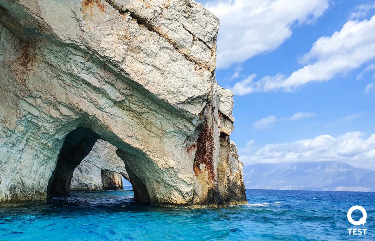 blekitne groty 4 - Zakynthos – co warto zobaczyć na wakacjach w grecji?