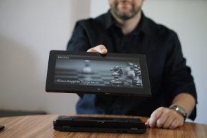 laptop2w1 tablet 2 1 300x200 - Laptop 2w1 - czy warto?