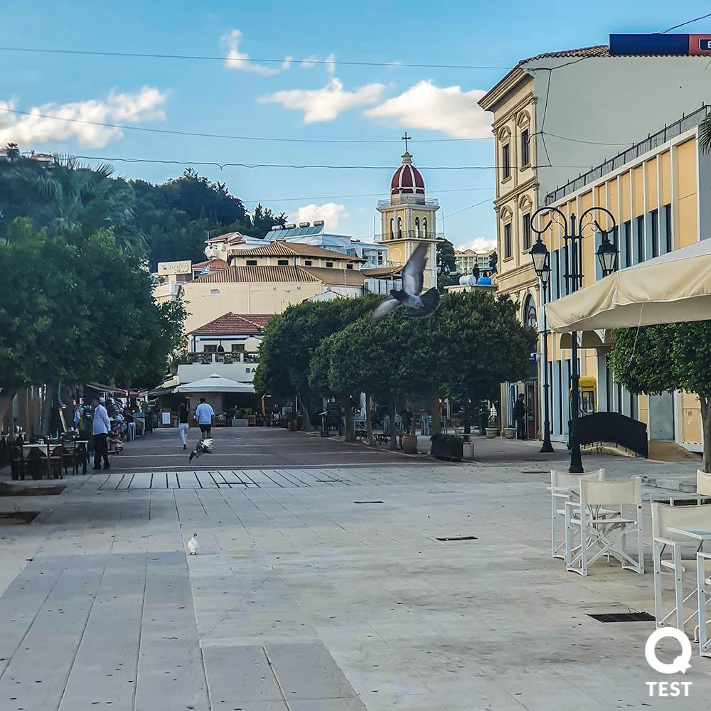 miasto zakynthos 3 - Zakynthos – co warto zobaczyć na wakacjach w grecji?