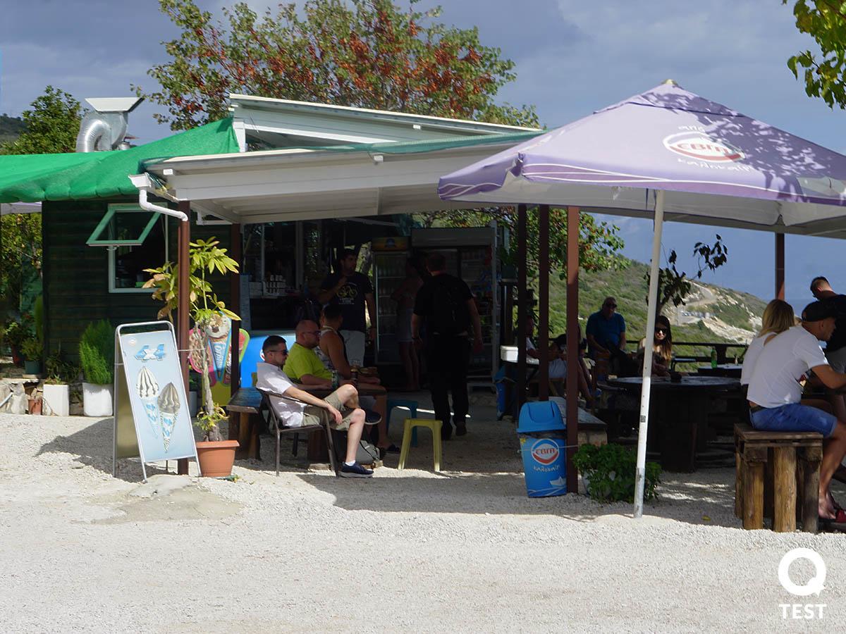 plaza Xigia 1 - Zakynthos – co warto zobaczyć na wakacjach w grecji?