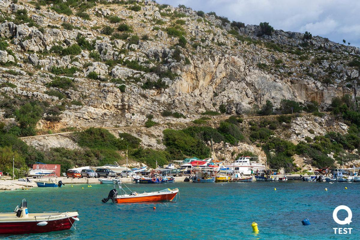 port agios nikolaos 3 - Zakynthos – co warto zobaczyć na wakacjach w grecji?