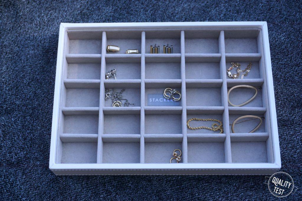 stackers 1 2 1024x683 - Stackers - szkatułka na biżuterię i inne skarby