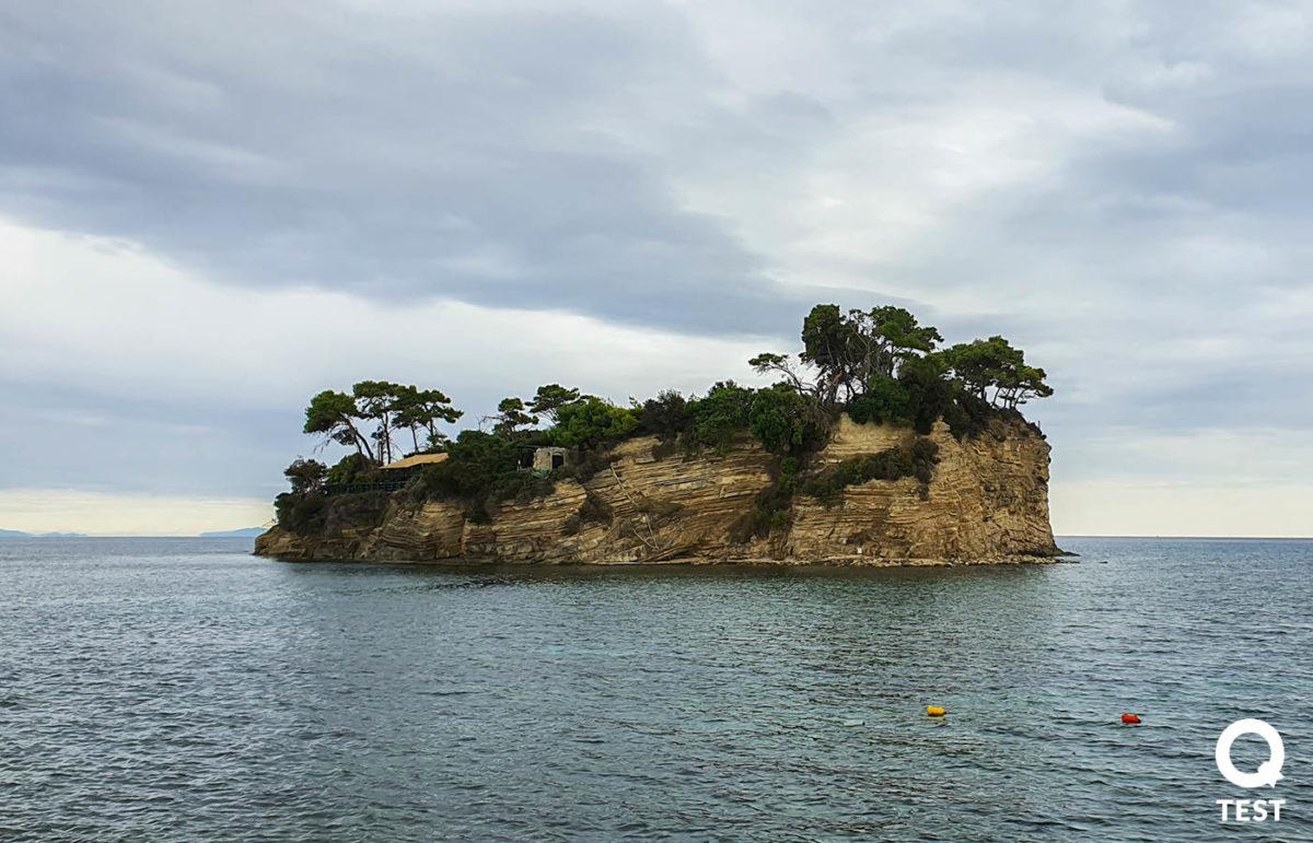 wyspa cameo - Zakynthos – co warto zobaczyć na wakacjach w grecji?